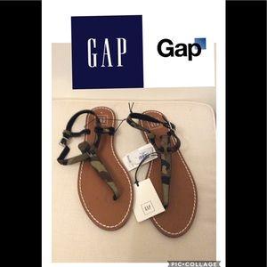 Gap Camouflage sandals
